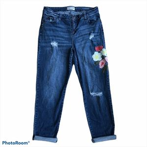 Molly & Isadora Floral Embroidery Girlfriend Jeans